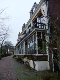 Mooie oude huizen aan de Boisotkade