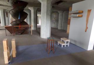Emma van Noort - Aalmarkt 14 (installatie van diverse materialen)